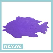 2014 high quality home pvc anti-slip shower mat with fish design