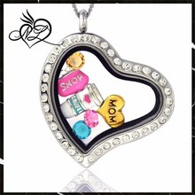 Mom's Favorite Things - Magnetic Pendant Necklace Heart Shaped, Includes 6 Charms
