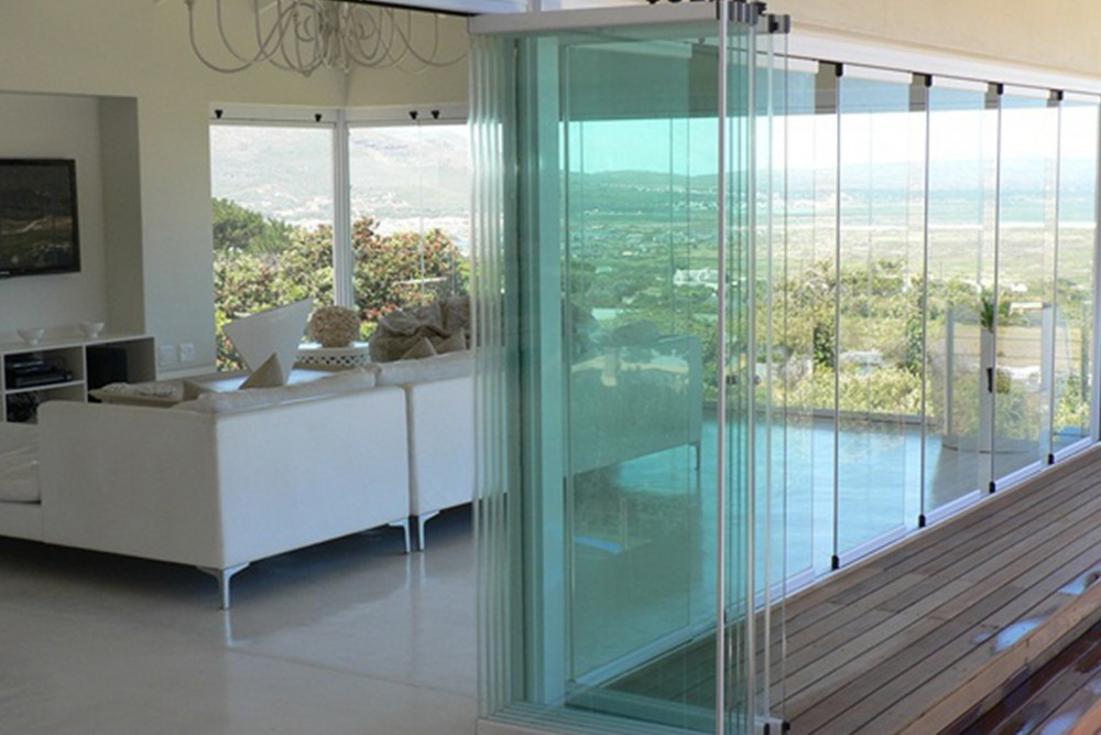 Folding Doors: Frameless Folding Doors