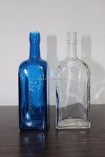FASHION 750ML IMAGINATIVE GLASS SCREW TOP BOTTLE FOR SWEET LIQUEUR VODKA