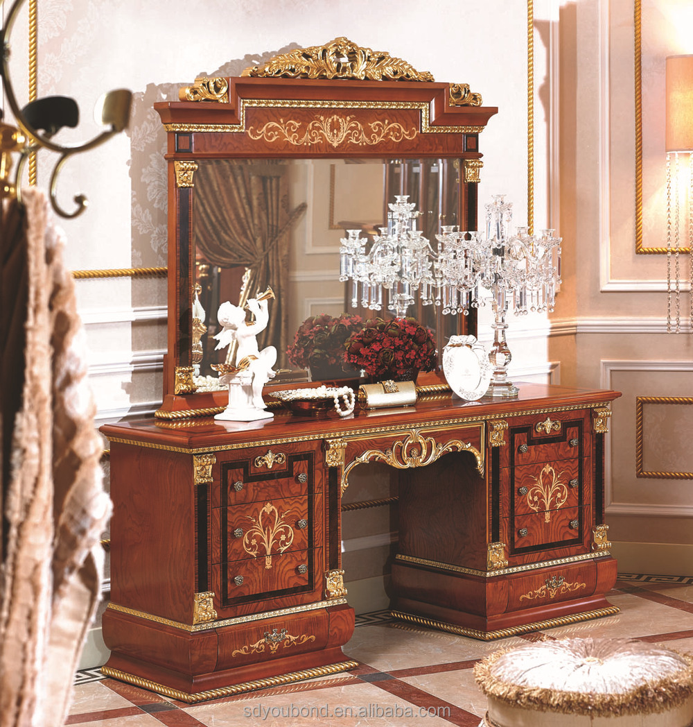 cheap ensemble de mobilier de chambre italie luxe classique with meuble italien de luxe. Black Bedroom Furniture Sets. Home Design Ideas