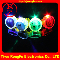 Fashion wholesale led finger lights smail face ring with ring 4 pieces one set