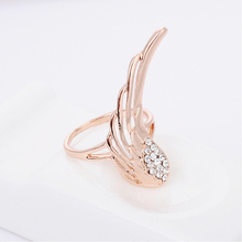 Full diamond charming rose gold custom angel wing wedding ring