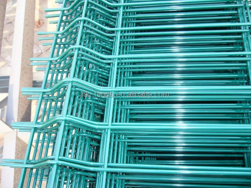 Nylofor Curved green PVC Coated Weld Mesh Fence Panel