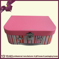 Professional design colorful cardboard gift box with metal handle