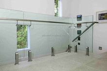 glass balustrade for stair balcony
