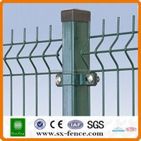 ISO9001 High quality 50*200mm curved welded wire mesh fence