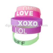 2013 newest beautiful silicone bracelets