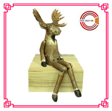 wooden crafts with moose ,reindeer design,in a novel style and different sizes