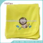 Encantador cobertor do bebê com bordado 3D