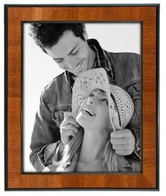 Morden International Designs plastic picture frame with thin black border, 8 by 10 inch