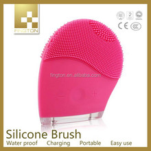 Manufacture Price Fast Delivery High Quality rotate facial brush 5 in 1 beauty massager