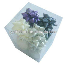 Popular Green Plastic Holographic Star Bow For Gift Packing/PP Ribbon Star Bow with Cube PVC box for Indoor Holiday Decoration
