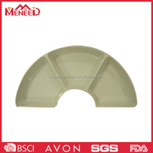 Off-white color 3 sections plastic divided plate , melamine arch shape plate