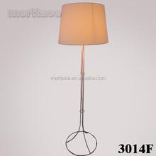 Lâmpada de assoalho tecido para o quarto