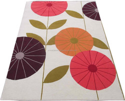Flower designs hand tufted cut pile wool rug