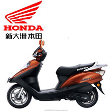 Honda 125cc scooter SDH(B2)125T-23B with Honda patented electromagnetic locking system