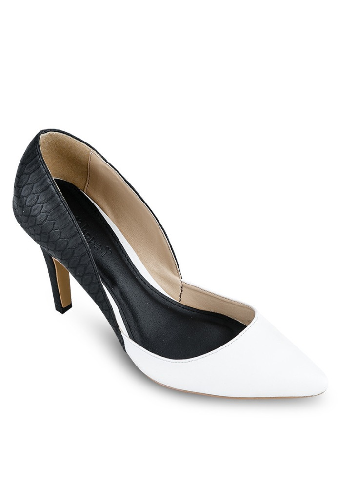 Black and white pumps pictures to pin on pinterest pinsdaddy for Black and white shows