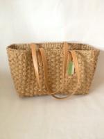 Nice designhand woven seagrass handbag with leather handle