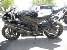 Used 2015 Yamaha YZFR6 sportbike
