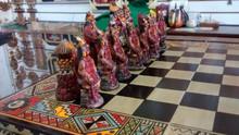 chess stone carving inka machupiccu peru