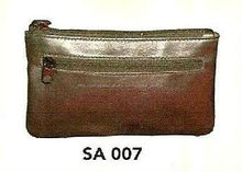 Bolsa de couro pequena