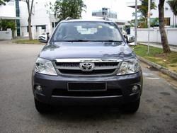 Used (RHD) Toyota Fortuner 2.7A 2009