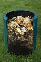 Bioclean compost - natural way to decompose food and kitchen waste
