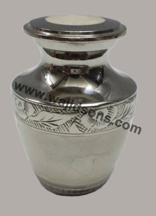Brass Decorative Urns For Cremation 40 Brass Urns Wholesale Interesting Small Decorative Urns