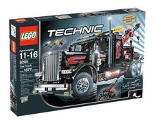 New Sealed Technic - Giant Tow Truck - 8285