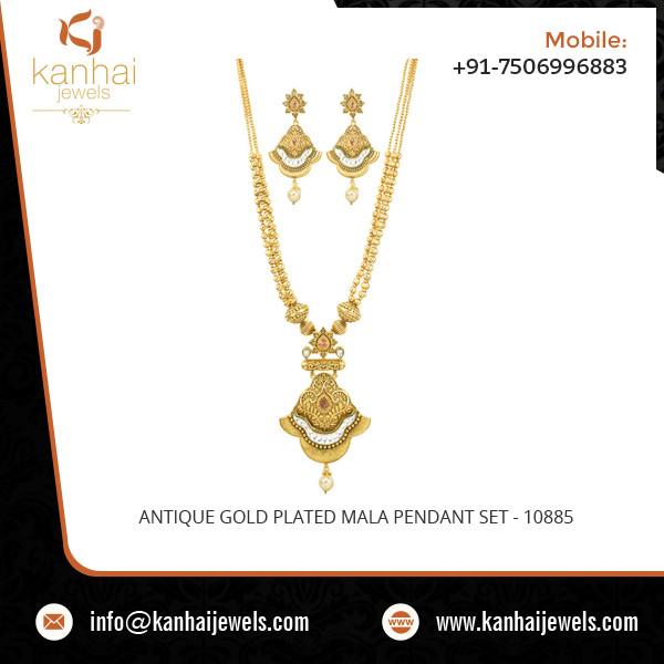 ANTIQUE GOLD PLATED MALA PENDANT SET - 10885.jpg
