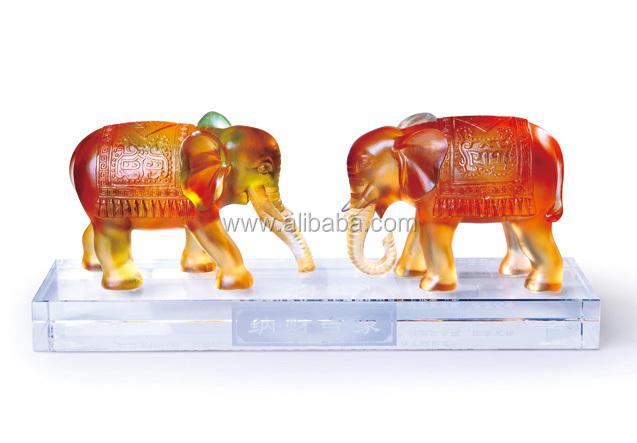 Liuli Auspicious Beast Animal: Qilin Kylin Lion Pixiu Pi Yao Fengshui Treasure