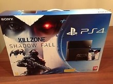 Free Shipping for Sony Playstation 4 Brand New Factory Sealed 500 GB Jet Black Console PS4 + games + 2 controllers