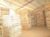 Customized square edge rough brown Vietnam air dried acacia crate wood
