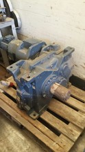 GEAR BOX UN USED