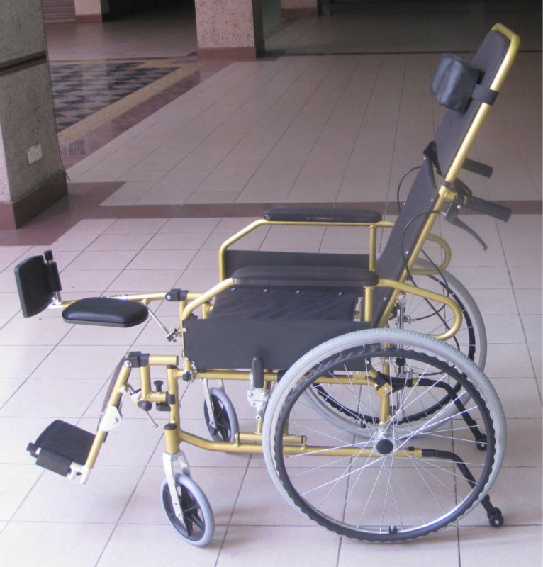Reclining lightweight wheelchair p15