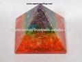 Venta al por mayor chakra capa pirámides orgonite: la curación de las pirámides orgonite cambay de ágata