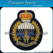 Insignias lingotes hechos a mano bordado insignias militares