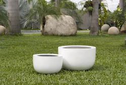 Round small glazed pot for indoor and outdoor use