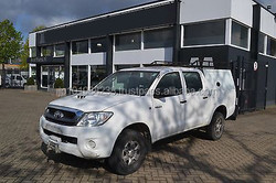 USED CARS - TOYOTA HILUX 4X4 DOUBLE CAB (LHD 4141 DIESEL)