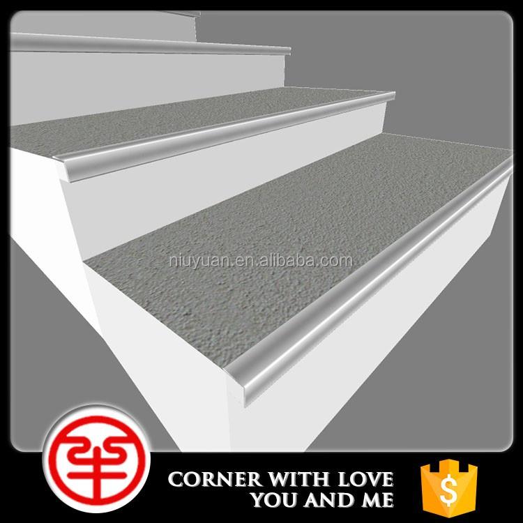 Stair nosing for ceramic tile