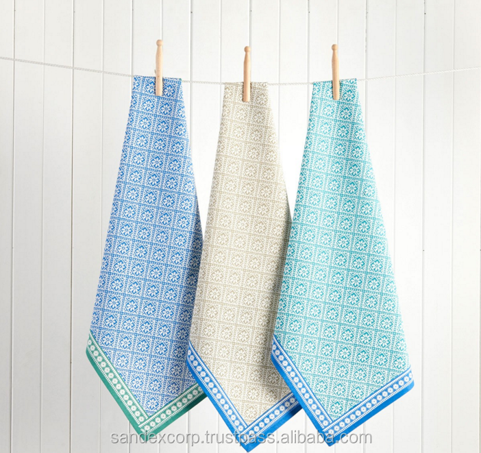 Blue kitchen towels are the color of the ocean, the sky, and ice, and add an overarching air of tranquility to your home due to it being a colder color temperature-wise. Having blue in your home will make you feel cool, calm, and collected, reducing stress and inducing a feeling of trust.