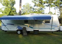 Fleetwood 32' Travel Trailer