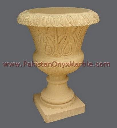 marble-planter-verona-ziarat-white-black-marble-23.jpg