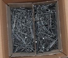 <> Suppliesr of good Grade .. umbrella roofing nails..
