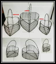 heart shape fruit basket/ unique wire basket / manufacturer of wire baskets.