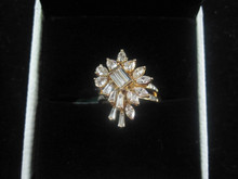 diamond ring in 18kt yellow gold