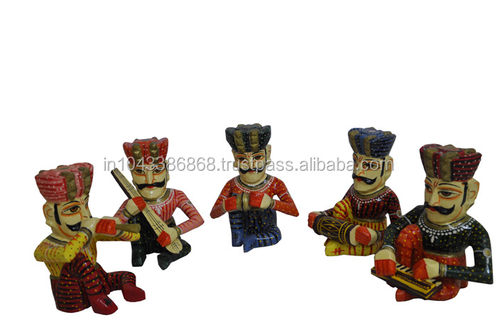 Indian Home Decor Handmade Painted Wooden Sculpture Statue Of Musician Set Of 5 Pieces Buy