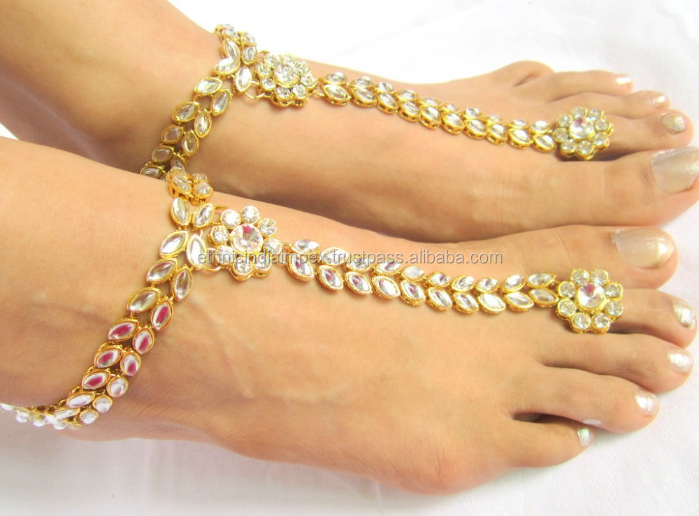 gold tone kundan payal anklets pair with toe ring barefoot