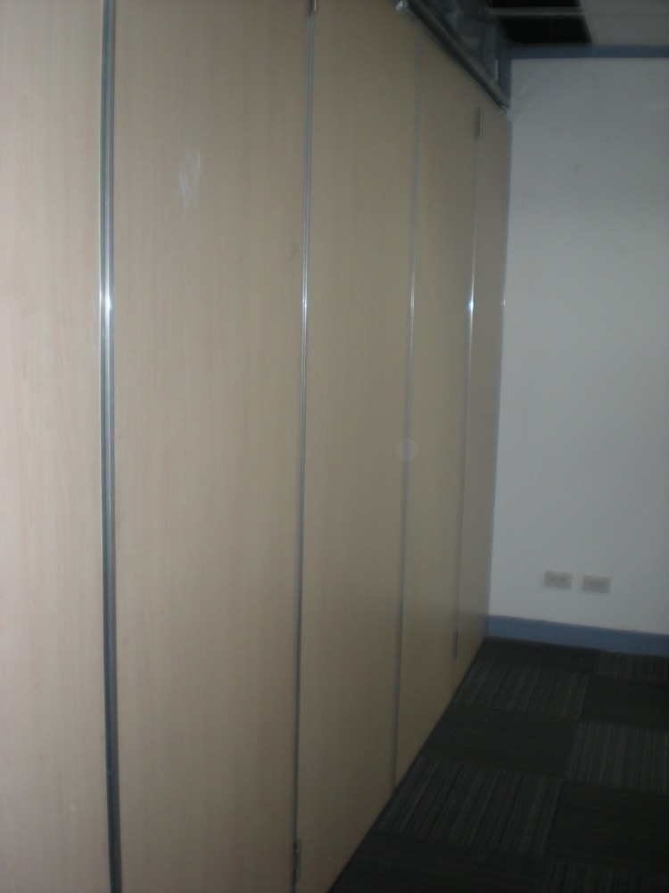 Accordion Wall Operable Wall